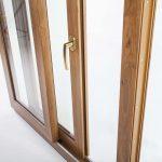 okna-samoraj-porta-finestra-scorrevole-parallelo-in-pvc-effetto-legno_pan